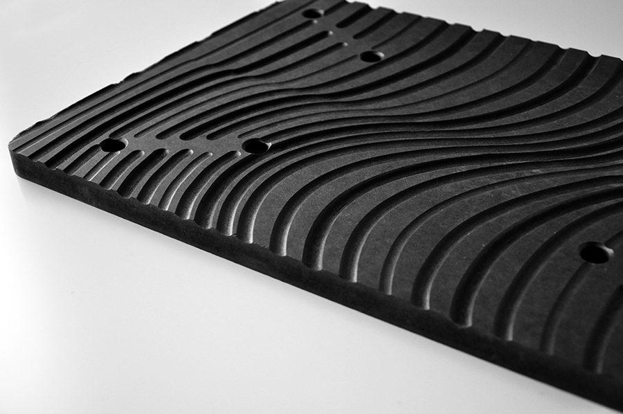 Bibliothèque design en medium noir, 19mm